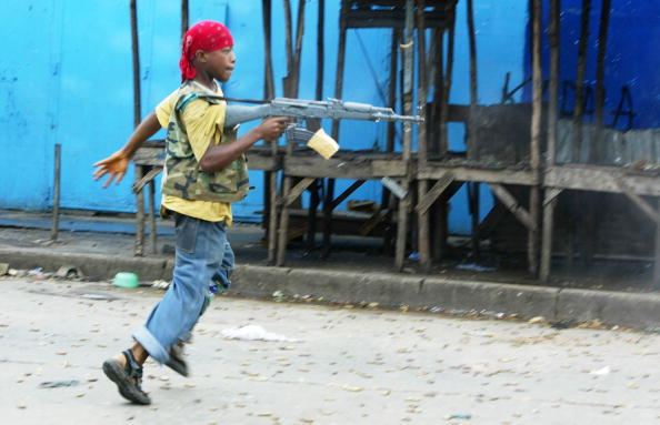 Hitting「Liberian Government Troops Battle Rebels for Monrovia」:写真・画像(15)[壁紙.com]