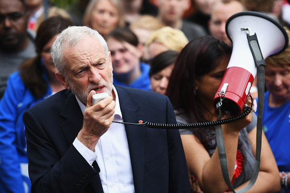 Leon Neal「Jeremy Corbyn Launches The Labour Party Election Manifesto」:写真・画像(14)[壁紙.com]
