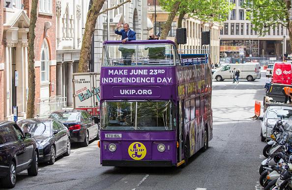 Bus「UKIP Launch EU Referendum Tour Bus」:写真・画像(2)[壁紙.com]