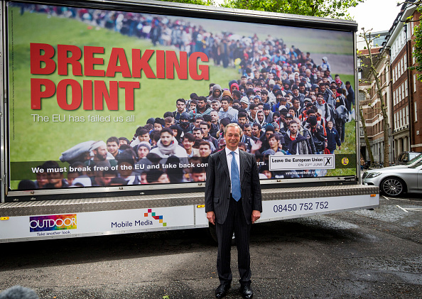 Poster「Nigel Farage Launches UKIP's New EU Referendum Poster Campain」:写真・画像(0)[壁紙.com]