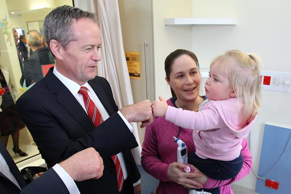 Australian Labor Party「Bill Shorten Campaigns In Melbourne As Labor Falls Behind In Latest Polls」:写真・画像(8)[壁紙.com]