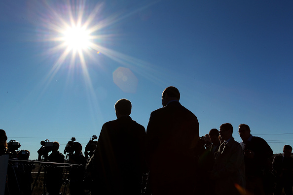 Composition「Bill Shorten Outlines Renewable Energy Policies In Canberra」:写真・画像(6)[壁紙.com]