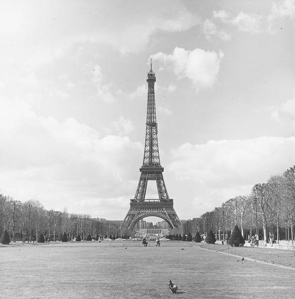 Construction Industry「Eiffel Tower」:写真・画像(9)[壁紙.com]