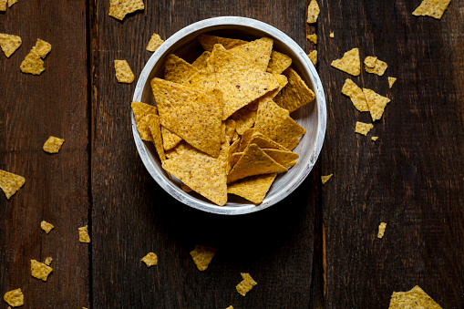Bowl「Nacho chips in a bowl」:スマホ壁紙(1)
