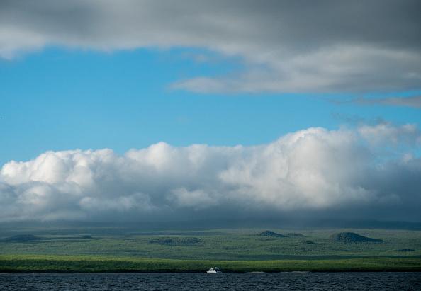 世界遺産「Nature and Human Lives Seek Equilibrium In Galapagos」:写真・画像(1)[壁紙.com]