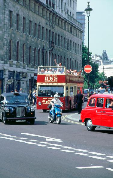 Double-Decker Bus「Busy traffic in London 1999」:写真・画像(14)[壁紙.com]