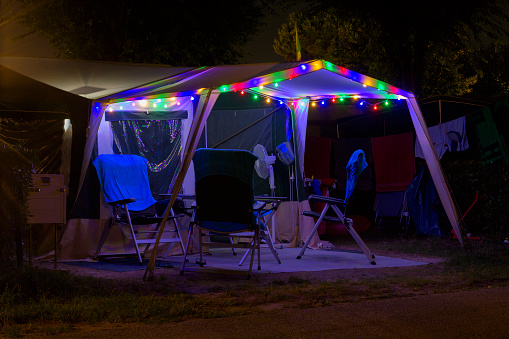 Camping Chair「Colorful illuminated tent at campsite, Lake garda, Lago di Garda, Veneto, Italy」:スマホ壁紙(19)
