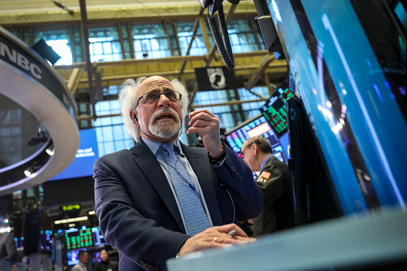 Global「Volatile Markets Open Up Trading Day In New York」:写真・画像(4)[壁紙.com]
