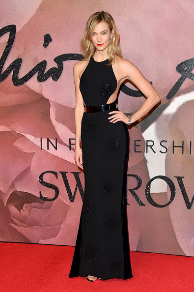 Karlie Kloss「The Fashion Awards 2016 - Red Carpet Arrivals」:写真・画像(5)[壁紙.com]