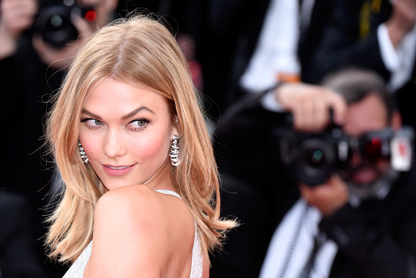 "Karlie Kloss「Opening Ceremony & ""La Tete Haute"" Premiere - The 68th Annual Cannes Film Festival」:写真・画像(5)[壁紙.com]"