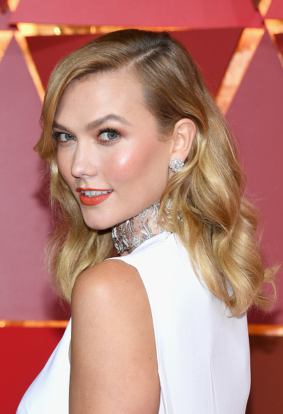 笑顔「89th Annual Academy Awards - Arrivals」:写真・画像(4)[壁紙.com]