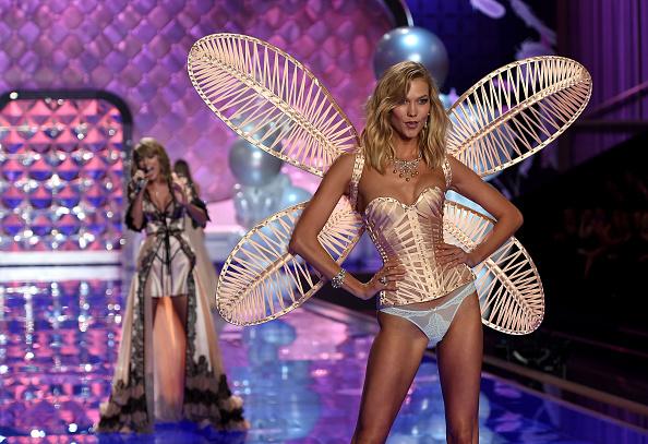 Victoria's Secret「2014 Victoria's Secret Fashion Show - Show」:写真・画像(9)[壁紙.com]