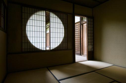 Tea Room「Tea room window」:スマホ壁紙(15)
