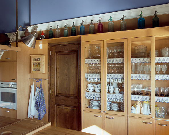 Kitchen「View of wooden cabinets in a kitchen」:写真・画像(8)[壁紙.com]