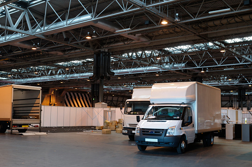 Removing「Packing Up After an Exhibition」:スマホ壁紙(10)