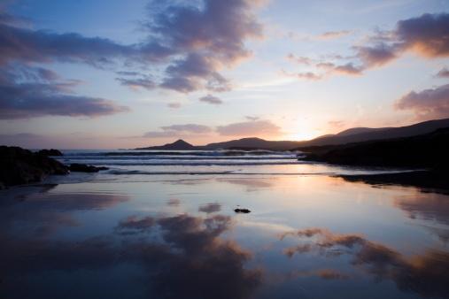 ビーチ「Sunset At Whitestrand Beach Near Castlecove」:スマホ壁紙(11)