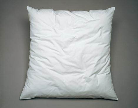 Pillow「White pillow on general gray background」:スマホ壁紙(12)