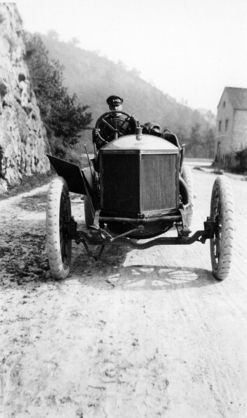 Ardennes Forest「A Minerva taking part in the Circuit des Ardennes, 1907.」:写真・画像(11)[壁紙.com]