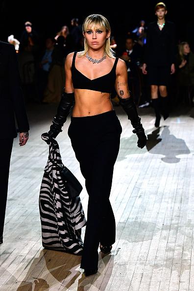 Fashion show「Marc Jacobs Fall 2020 Runway Show」:写真・画像(0)[壁紙.com]