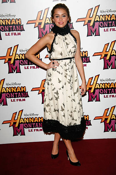 """Hannah Montana: The Movie"" Paris Premiere:ニュース(壁紙.com)"
