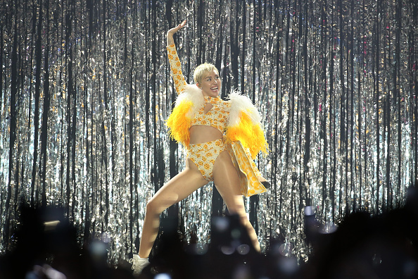 Spark Arena「Miley Cyrus Performs Live In Auckland」:写真・画像(5)[壁紙.com]