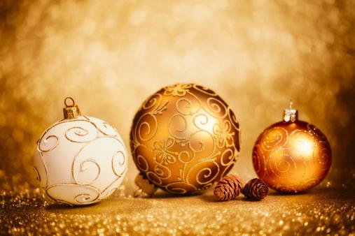 Pine Cone「Glittery Christmas Baubles」:スマホ壁紙(11)
