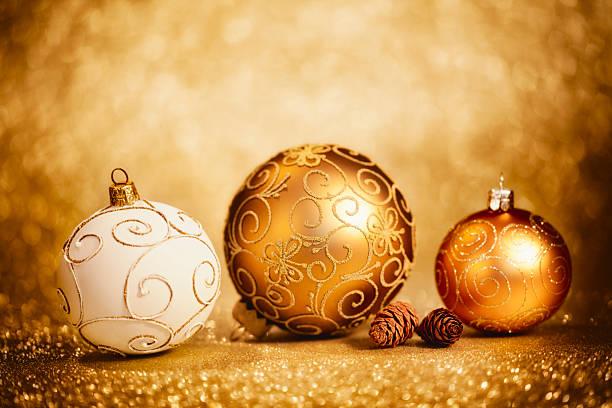 Glittery Christmas Baubles:スマホ壁紙(壁紙.com)
