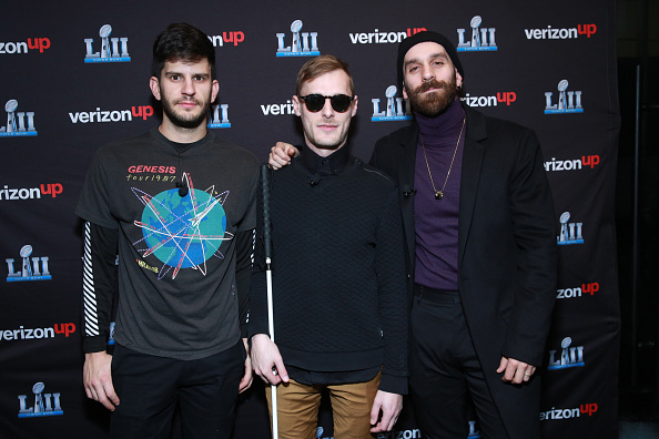 Super Bowl LII「X Ambassadors perform on the Verizon Up Stage at Super Bowl LIVE」:写真・画像(6)[壁紙.com]