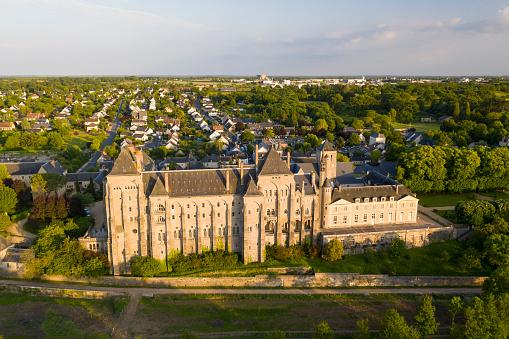 Abbey - Monastery「The Abbaye Saint-Pierre de Solesmes in Mayenne, France.」:スマホ壁紙(15)
