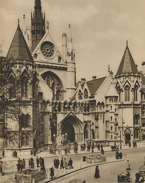 Gothic Style「Royal Courts Of Justice From A Window On The Corner Of Essex Street」:写真・画像(16)[壁紙.com]