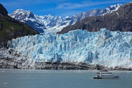 Glacier Bay National Park「Tour boart at Margerie Glacier in Glacier Bay」:スマホ壁紙(10)