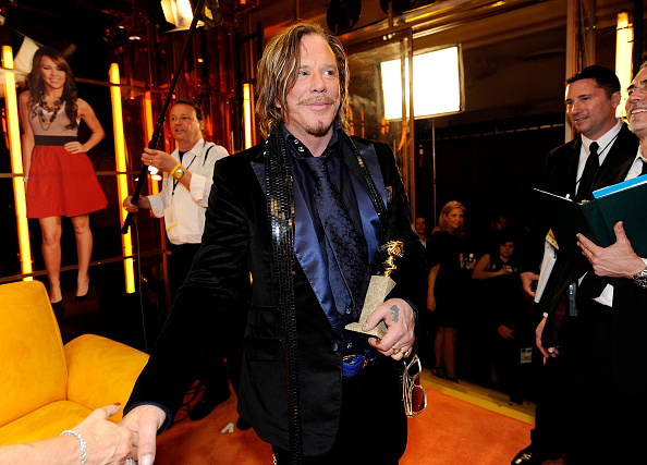 Entertainment Tonight「The 66th Annual Golden Globe Awards - Backstage With ET」:写真・画像(17)[壁紙.com]