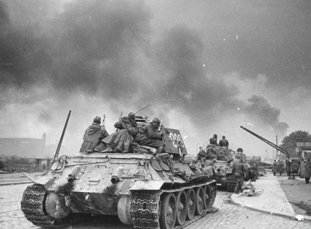 T-34 Tank:ニュース(壁紙.com)