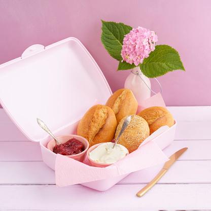 あじさい「Lunch box with bread rolls, jam and cream cheese」:スマホ壁紙(18)