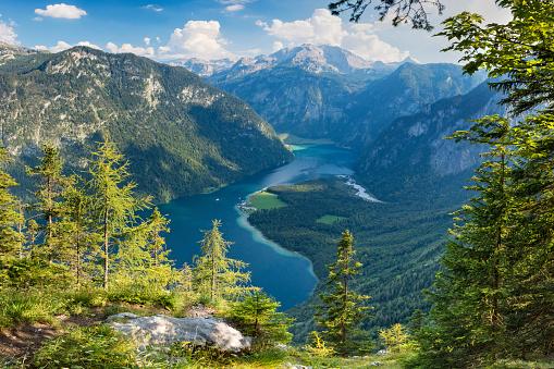 European Alps「Arrial view to Lake Königssee in Nationalpark Berchtesgaden」:スマホ壁紙(18)