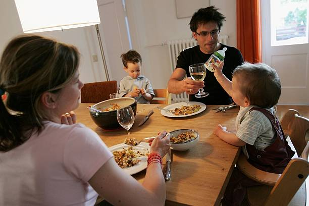 German Politicians Wrangle Over Family Policy Reforms:ニュース(壁紙.com)