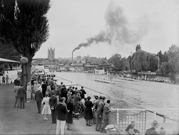 ヘンリーオンテムズ「Post-War Regatta」:写真・画像(1)[壁紙.com]