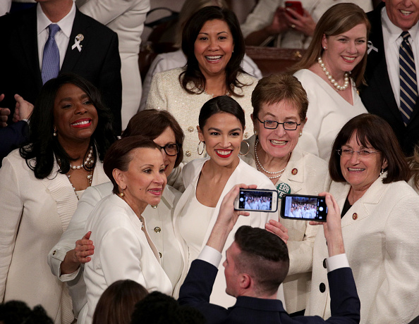Alexandria Ocasio-Cortez「President Trump Delivers State Of The Union Address To Joint Session Of Congress」:写真・画像(15)[壁紙.com]