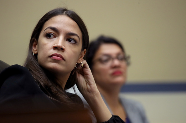 Alexandria Ocasio-Cortez「Acting Homeland Security Secretary Kevin McAleenan Testifies To The House On The Trump Administration's Child Separation Policy」:写真・画像(9)[壁紙.com]