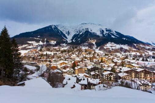 Ski Resort「Holiday resort Klosters in Grisons, Switzerland」:スマホ壁紙(2)