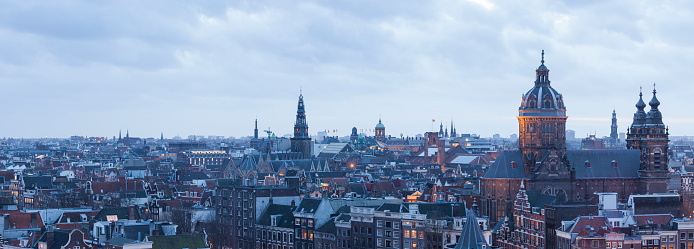 Amsterdam「Panorama cityscape at twilight of Amsterdam」:スマホ壁紙(7)