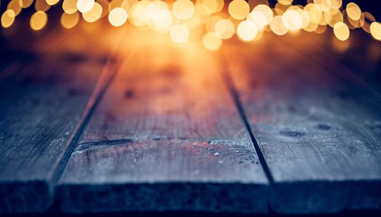 Christmas Decoration「Christmas lights on empty table - Background Defocused Blue wood」:スマホ壁紙(15)
