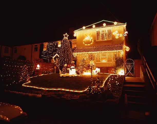 クリスマスの夜景:スマホ壁紙(壁紙.com)