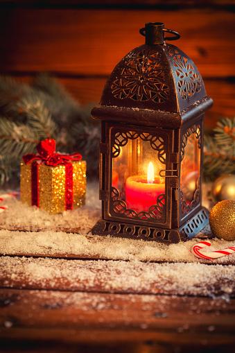 お正月「クリスマスのランタン」:スマホ壁紙(9)