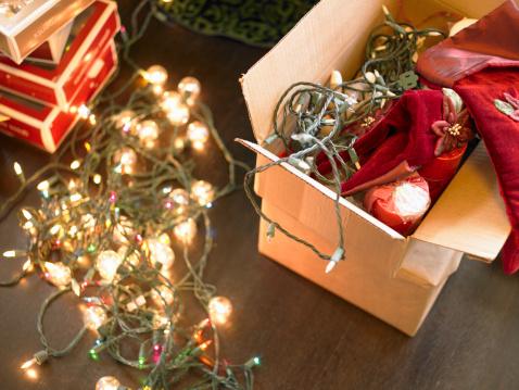 Christmas Lights「Christmas lights in boxes on floor」:スマホ壁紙(16)