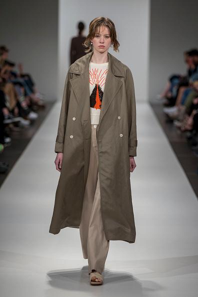 Coat - Garment「New Zealand Fashion Week」:写真・画像(11)[壁紙.com]