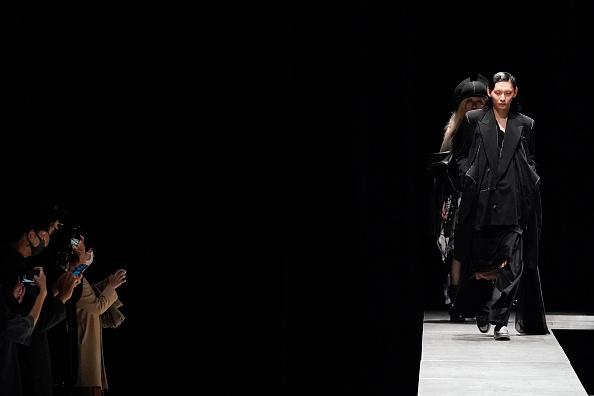 Christopher Jue「RequaL≡ - Runway - Rakuten Fashion Week Tokyo 2021 SS」:写真・画像(3)[壁紙.com]