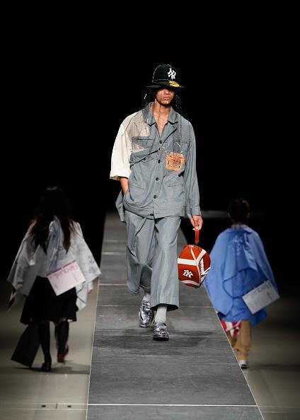 Christopher Jue「RequaL≡ - Runway - Rakuten Fashion Week Tokyo 2021 SS」:写真・画像(2)[壁紙.com]