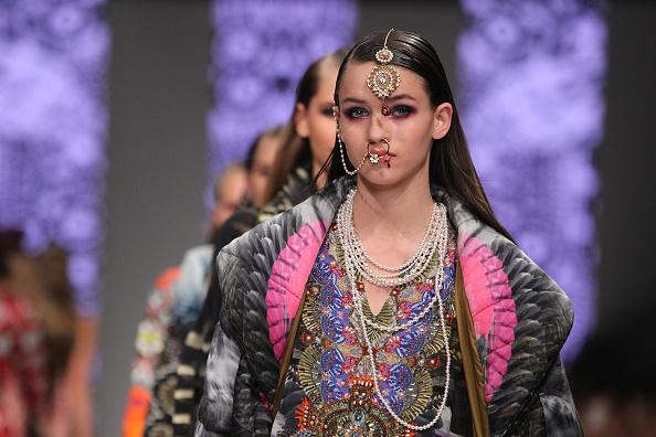 Melbourne Fashion Festival「L'Oreal Melbourne Fashion Festival - Day 3」:写真・画像(15)[壁紙.com]