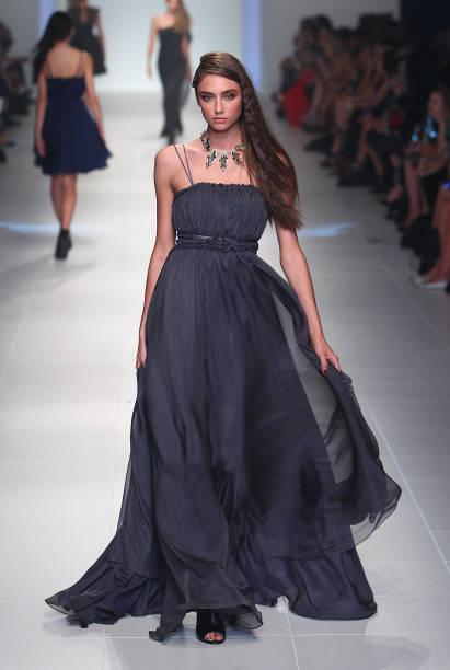 2011 L'Oreal Melbourne Fashion Festival - Day 6:ニュース(壁紙.com)